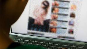 Internet afgesloten omdat ambtenaren porno keken